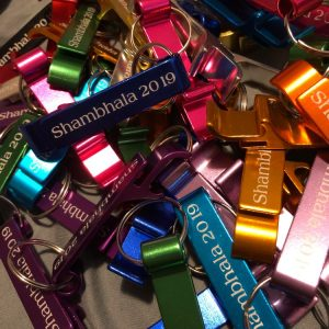 bespoke-bulk-metal-bottle-opener-keychain-housewarming-gifts-wedding-favors-graduation-gifts